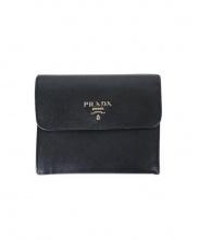 PRADA(プラダ)の古着「3つ折り財布」 ブラック