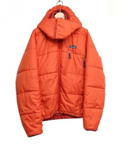 Patagonia(パタゴニア)の古着「パフジャケット」|オレンジ