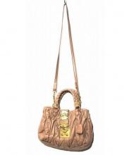 MIUMIU(ミュウミュウ)の古着「マトラッセ2WAYバッグ」 ピンク