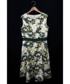 STRAWBERRY FIELDS(ストロベリーフィールズ)の古着「フラワー刺繍ワンピース」|オフホワイト×グリーン