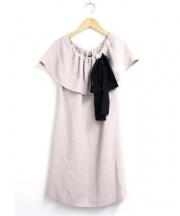 MIU MIU(ミュウミュウ)の古着「オフショルダーリボンデザインワンピース」 ベージュ