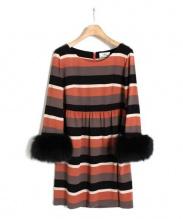 GRACE CONTINENTAL(グレースコンチネンタル)の古着「袖ファーワンピース」|オレンジ×ブラック