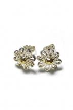 Tiffany & Co.(ティファニーアンドコー)の古着「コンビフラワーピアス」