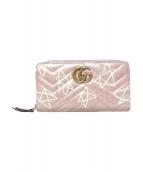 GUCCI(グッチ)の古着「ラウンドファスナー長財布」|ピンク
