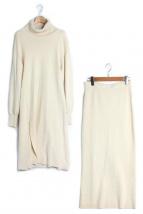 ETRE TOKYO(エトレトウキョウ)の古着「スリットニットアップ」|アイボリー