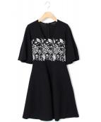 GiAMBATTiSTA VALLi(ジャンバティスタ ヴァリ)の古着「刺繍ニットワンピース」|ブラック