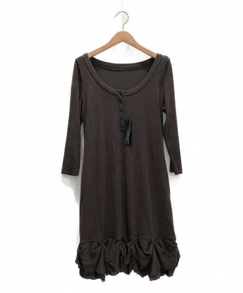 FOXEY NEWYORK(フォクシーニューヨーク)FOXEY NEWYORK (フォクシーニューヨーク) ニットスラッシュワンピース ブラウン サイズ:38の古着・服飾アイテム