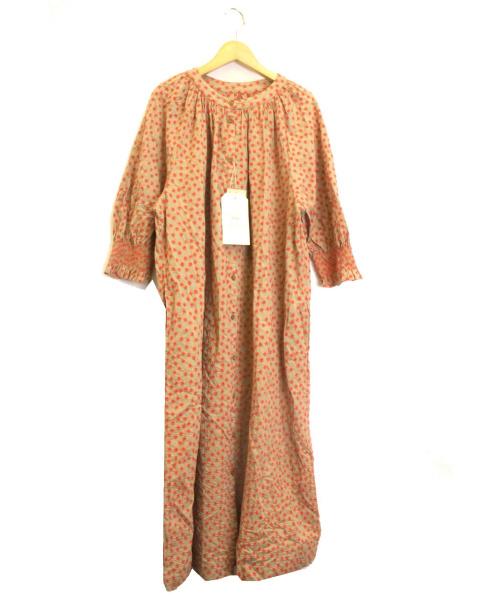 pual ce cin(ピュアルセシン)pual ce cin (ピュアルセシン) フラワードット刺繍ワンピース ベージュ サイズ:下記参照 未使用品 参考価格¥17.000の古着・服飾アイテム