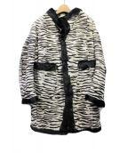 DSQUARED2(ディースクエアード)の古着「ゴートヘアーゼブラ柄コクーンコート」|ホワイト×ブラック
