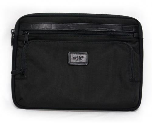 wjk×TUMI(ワイジェーケー×トゥミ)wjk×TUMI (ワイジェーケー×トゥミ) クラッチバッグ ブラック 参考定価17.000円+税の古着・服飾アイテム