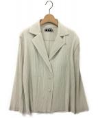 ISSEY MIYAKE FETE(イッセイミヤケ フェット)の古着「プリーツ3Bジャケット」|グレー