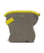 mina perhonen(ミナペルホネン)の古着「ティルトポーチ」|グレー