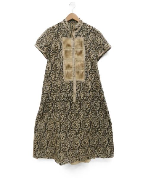 HIROKO KOSHINO(ヒロコ コシノ)HIROKO KOSHINO (ヒロココシノ) サイドスリットワンピース ベージュ サイズ:40の古着・服飾アイテム