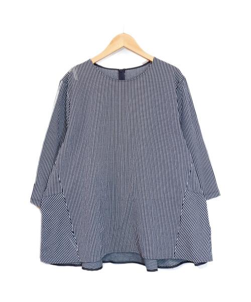 23区(ニジュウサンク)23区 (ニジュウサンク) ストライプカットソー サイズ:48の古着・服飾アイテム