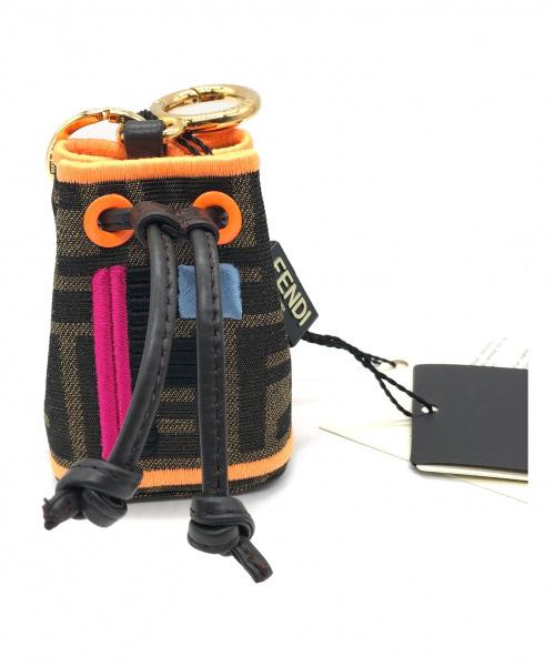 FENDI(フェンディ)FENDI (フェンディ) モントレゾール キーホルダー サイズ:- 未使用品 ズッカ柄の古着・服飾アイテム
