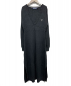 FRED PERRY(フレッドペリー)の古着「ディープVネックニットドレス」|ブラック
