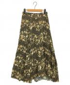 CELFORD()の古着「ランダムフラワープリントスカート」|ブラック