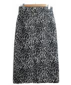 Spick and Span(スピックアンドスパン)の古着「レオパードタイトスカート」|ブラック