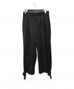 MaxMara(マックスマーラ)の古着「裾リボンタックパンツ」 ブラック