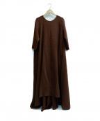 BLACK by moussy(ブラックバイマウジー)の古着「タックワンピース」 ブラウン