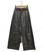 TARO HORIUCHI(タロウホリウチ)の古着「エコレザーワイドパンツ」 ブラック