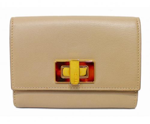FENDI(フェンディ)FENDI (フェンディ) 2つ折り財布 グレージュ セレリア ピーカブー ベッコウの古着・服飾アイテム