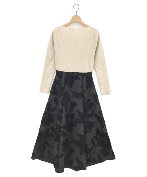 CELFORD(セルフォード)CELFORD (セルフォード) フロッキープリントワンピース ベージュ×ブラック サイズ:36の古着・服飾アイテム