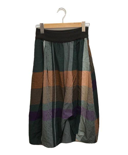 M.&KYOKO(エムアンドキョウコ)M.&KYOKO (エムアンドキョウコ) 総柄スカート グリーン サイズ:1の古着・服飾アイテム