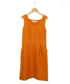 MARNI(マルニ)の古着「サイドボタンノースリーブワンピース」 オレンジ