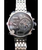 DIESEL(ディーゼル)の古着「腕時計/リストウォッチ」|シルバー×ブラック