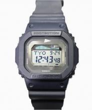 CASIO G-SHOCK× PILGRIM(カシオ ジーショック×ピルグリム)の古着「腕時計」|ネイビー