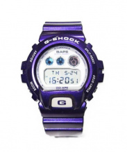G-SHOCK × A BATHING APE(ジーショック × ア ベイシング エイプ)の古着「腕時計」|パープル