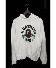 A BATHING APE(ア ベイシング エイプ)の古着「LA COLLEGE PULLOVER HOODIE」|ホワイト