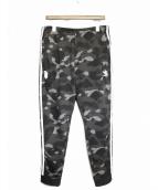 A BATHING APE × adidas(アベイシングエイプ × アディダス)の古着「トラックパンツ」