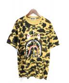 A BATHING APE(アベイシングエイプ)の古着「1st CAMOシャーク Tシャツ」|イエロー