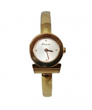 Salvatore Ferragamo(サルヴァトーレ フェラガモ)の古着「腕時計」 ホワイト(文字盤)