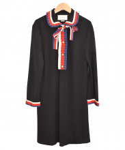 GUCCI(グッチ)の古着「フェイクパールワンピース」|ブラック