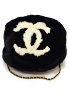 CHANEL(シャネル)の古着「ラパンファーアームウォーマーショルダーバッグ」