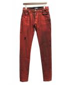 AMIRI(アミリ)の古着「コーティングダメージ加工デニムパンツ」|レッド
