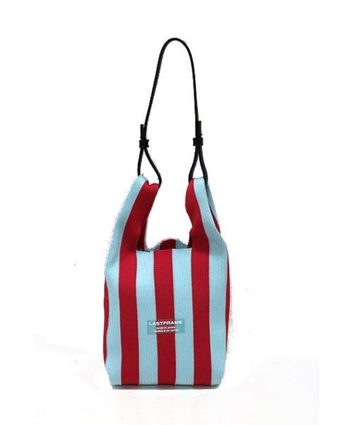 LASTFRAME(ラストフレーム)LASTFRAME (ラストフレーム) ニットバッグ スカイブルー×レッド サイズ:以下参照の古着・服飾アイテム
