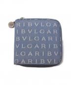 BVLGARI(ブルガリ)の古着「ロゴマニア2つ折り財布」 スカイブルー