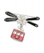 CHANEL(シャネル)の古着「スキーゴンドラブローチ」|レッド×ブラック