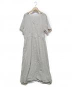 ROPE mademoiselle(ロペマドモアゼル)の古着「フレアスリーブVネックワンピース」 ライトグレー