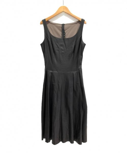 FOXEY NEWYORK(フォクシーニューヨーク)FOXEY NEWYORK (フォクシーニューヨーク) エコレザーノースリーブワンピース ブラウン サイズ:40の古着・服飾アイテム
