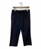 GUCCI(グッチ)の古着「Bee刺繍パンツ」|ネイビー